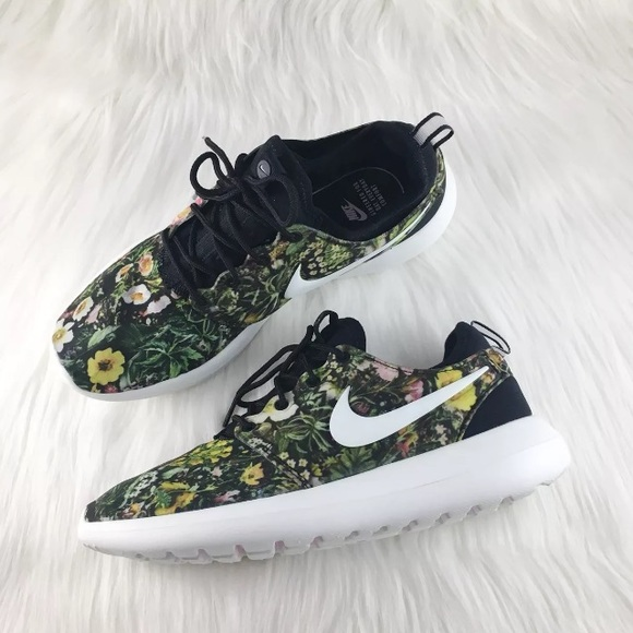 7f6357aa8d9dd Women s Nike Roshe Two Spring Garden Floral Shoes